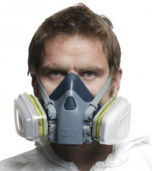 Ochranná maska 3M 7502 střední